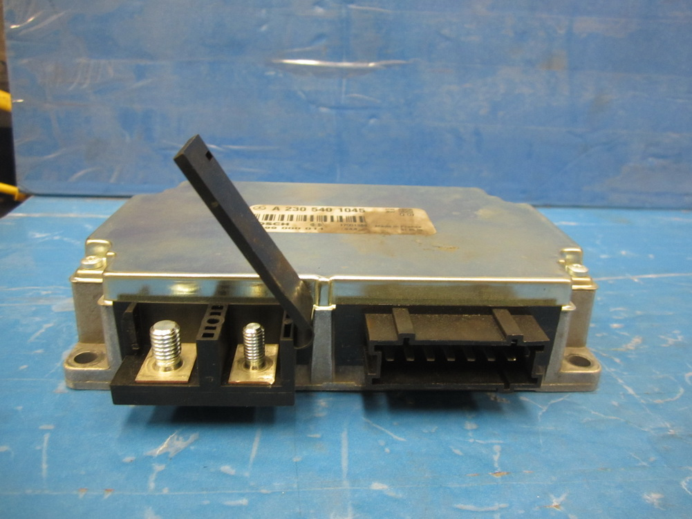 Mercedes benz body control module load separation for Mercedes benz used body parts