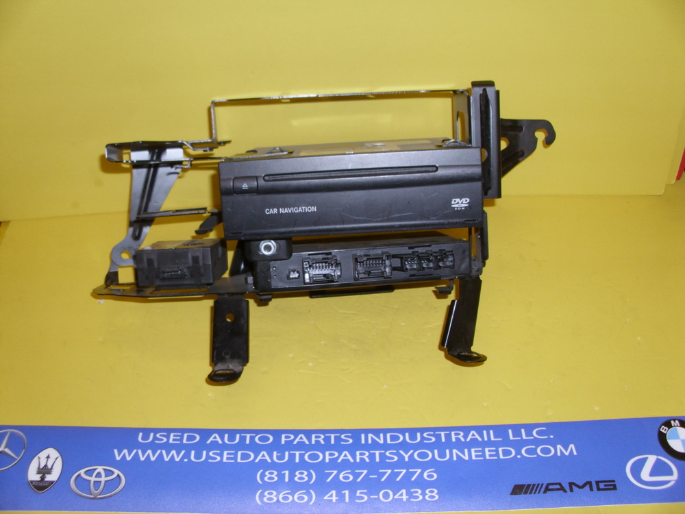 Mercedes benz dvd player 2118708926 used auto parts for Auto parts for mercedes benz