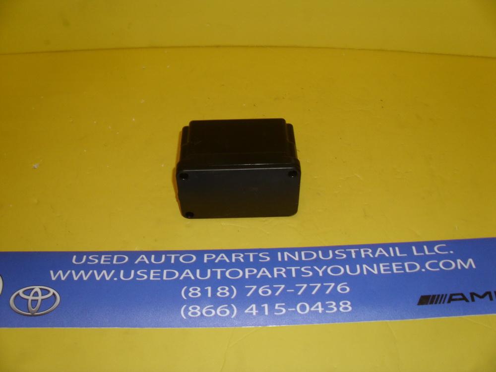 Mercedes benz vacuum pump 0008003348 used auto parts for Mercedes benz used auto parts