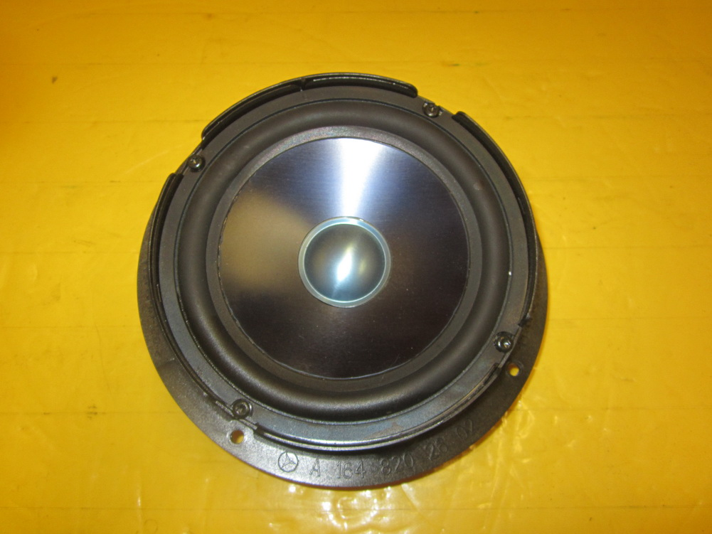 Mercedes benz speaker 164 820 2602 used auto parts for Mercedes benz audio upgrades