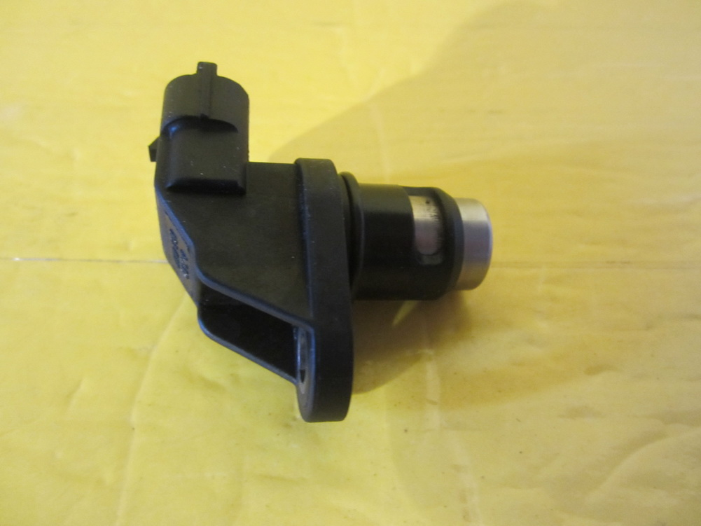 Mercedes benz camshaft position sensor 0041536928 for Mercedes benz sensors
