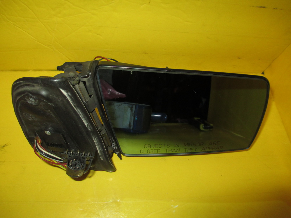 Mercedes benz mirror outside 2028100021 used auto for Mercedes benz mirror
