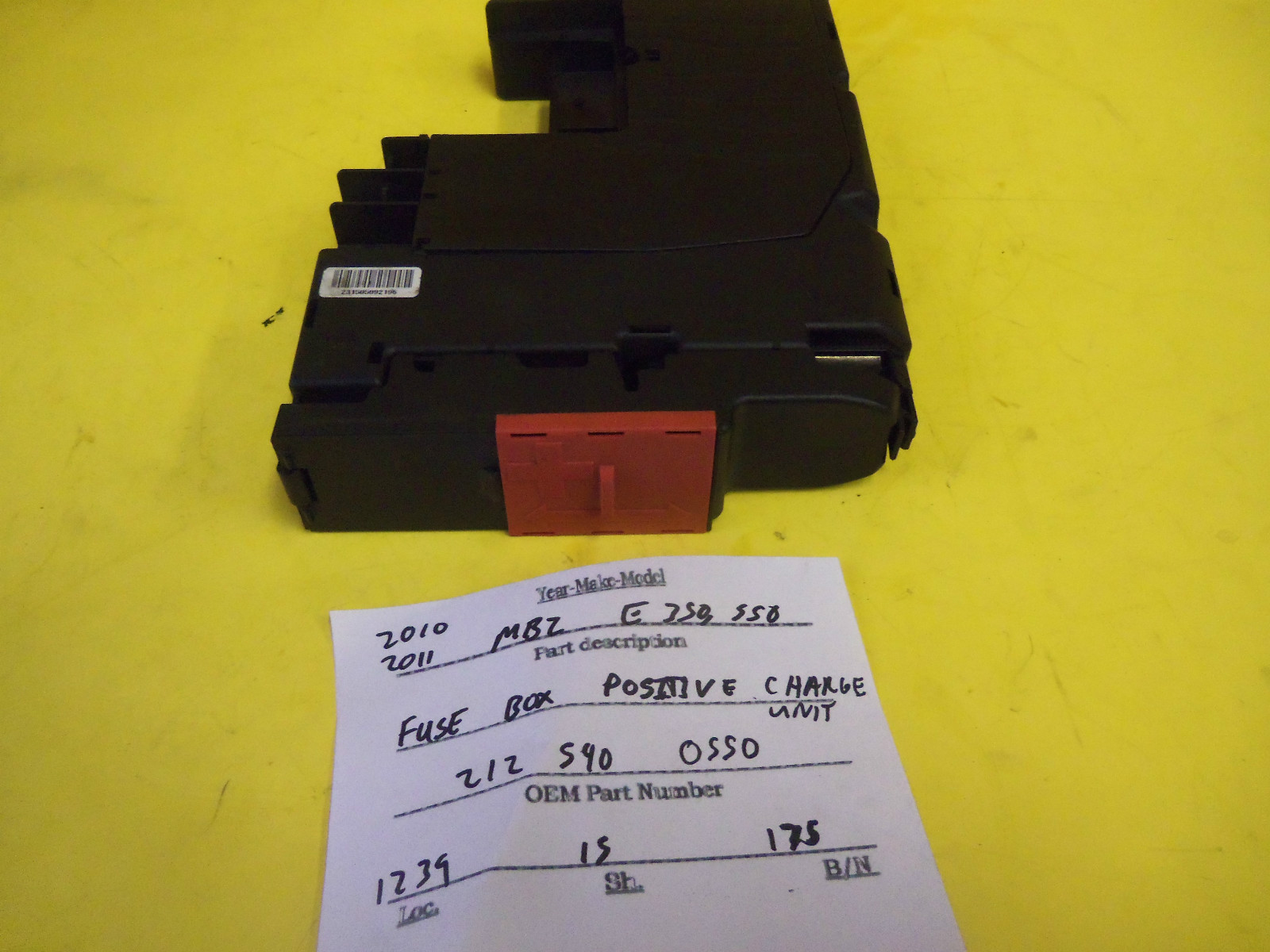 Mercedes Benz E350 550 Fuse Box And Positive Charge Unit  Used Auto Parts