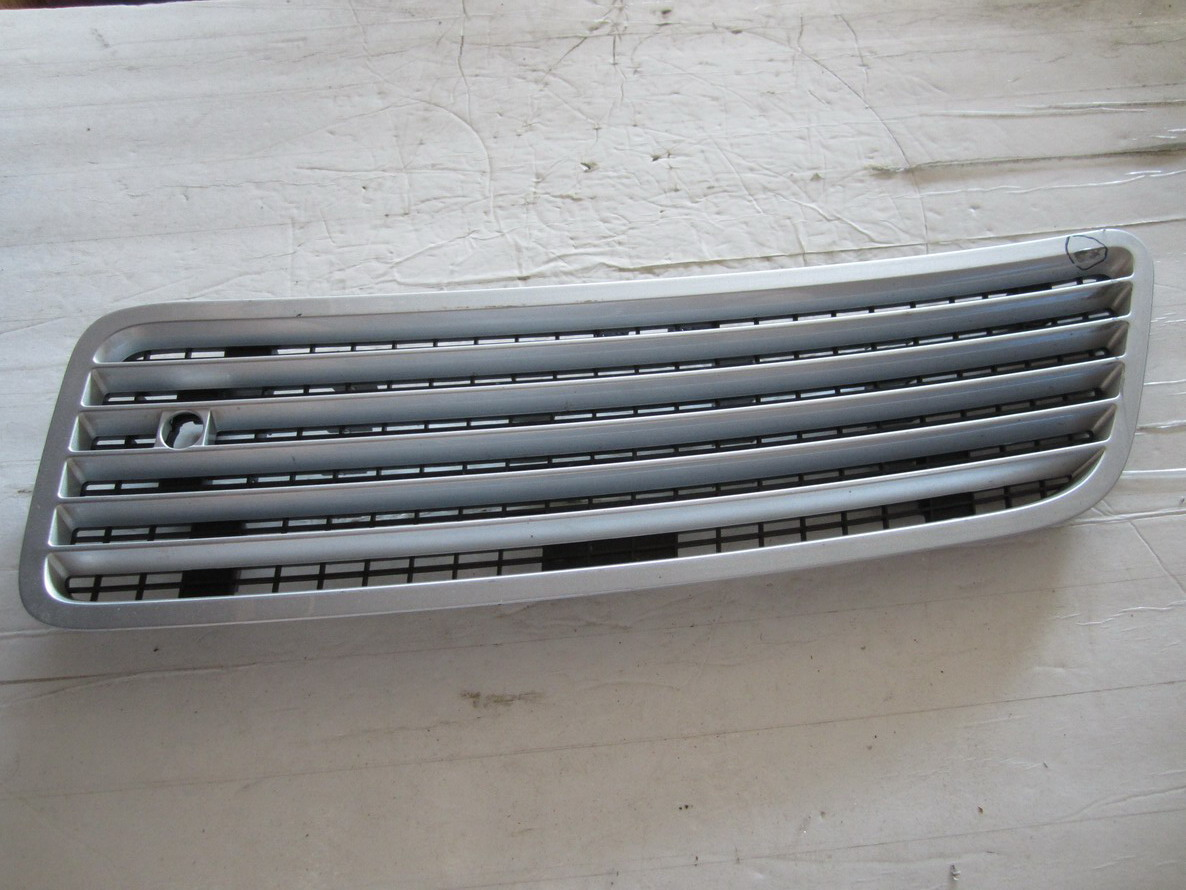 Mercedes benz hood ventlation 2218800305 used auto for Used mercedes benz auto parts