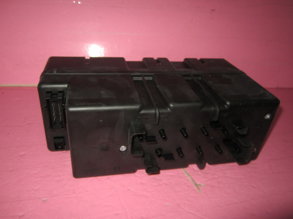 Mercedes benz sl500 sl600 sl55 door vacuum pump used auto for Mercedes benz 500sl parts