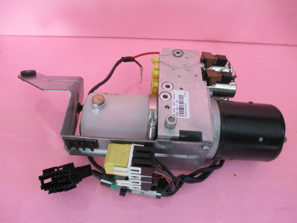 Mercedes benz top motor a 209 800 01 48 used auto for Performance parts for mercedes benz