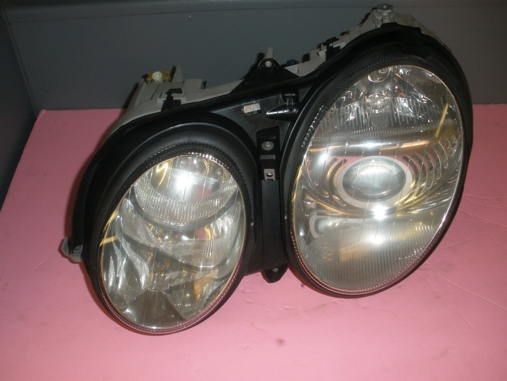 Mercedes benz headlight 215 used auto parts for Mercedes benz auto parts