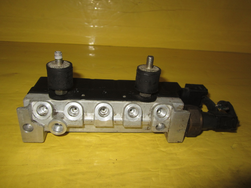 Mercedes benz suspension control a2203200258 used for Auto parts for mercedes benz