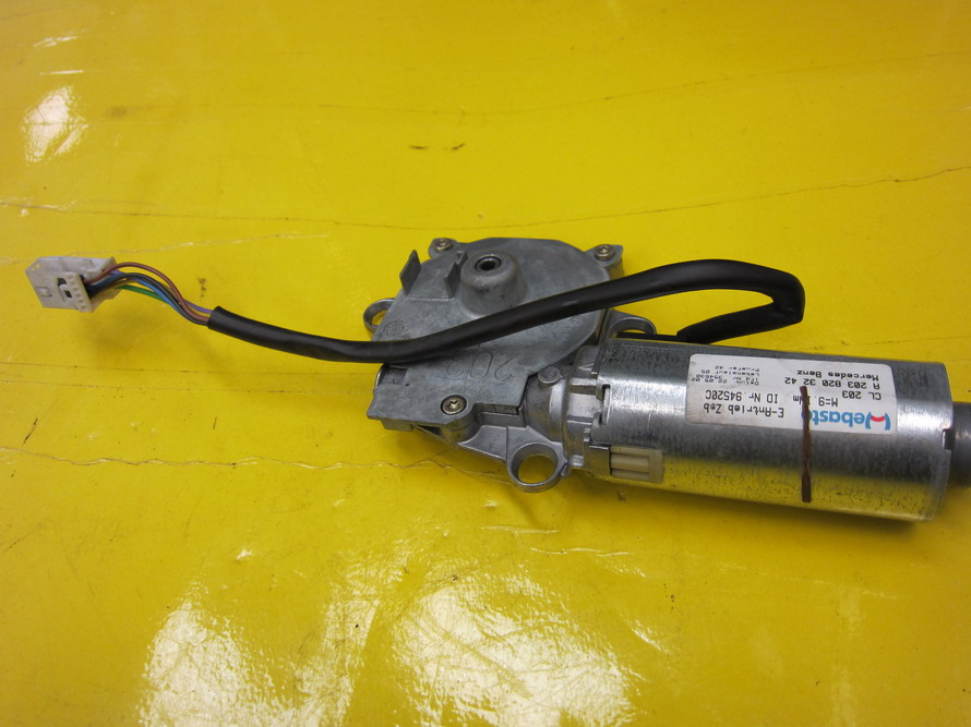 Mercedes benz sun roof sunroof motor 2038203242 used for Mercedes benz sunroof repair
