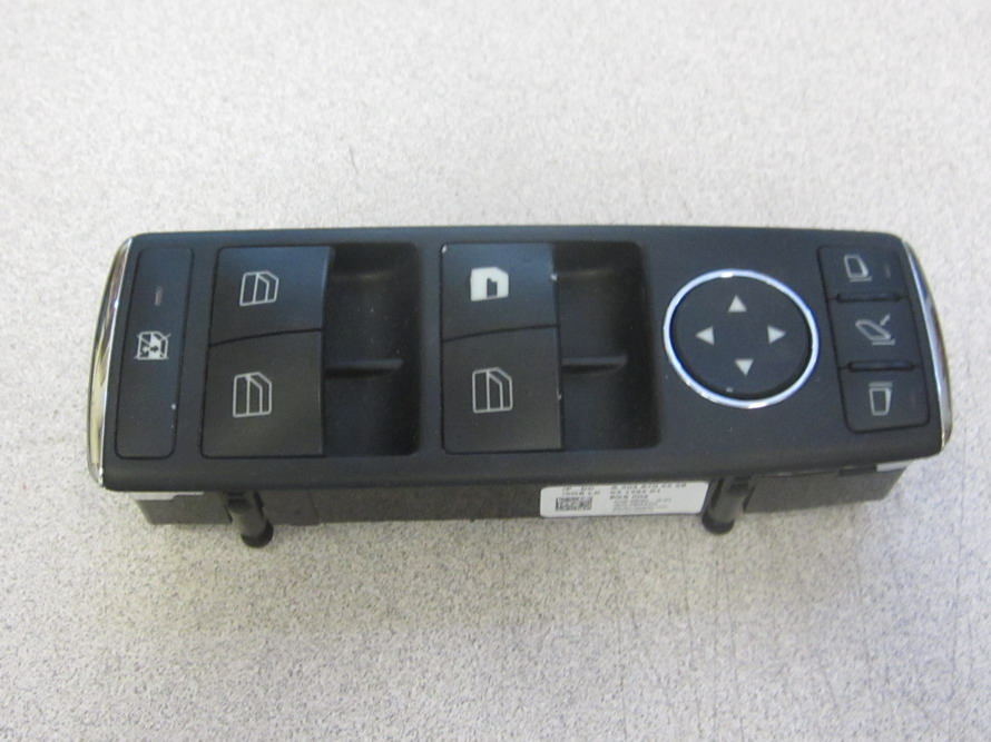 Mercedes benz window switch 2048703558 used auto for Mercedes benz window switch