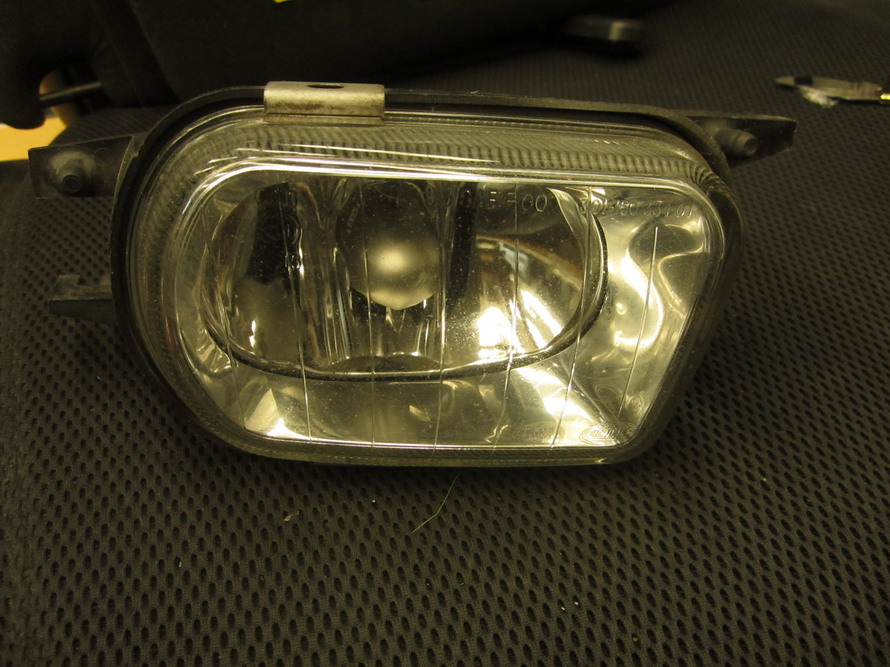 Mercedes benz fog light 215 used auto parts for Mercedes benz srs light