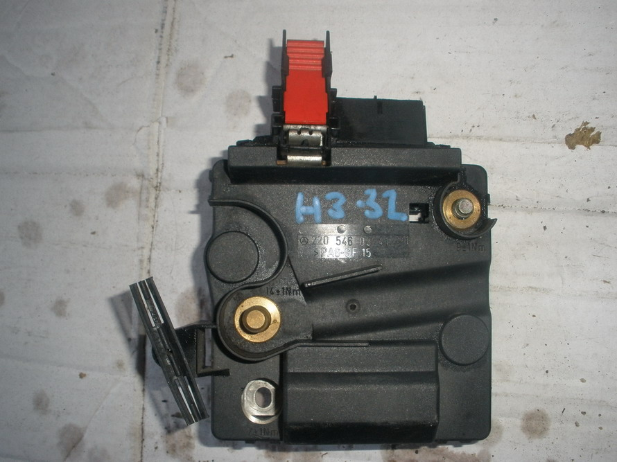 mercedes fuse box 2205460341 used auto parts mercedes used parts bmw used parts