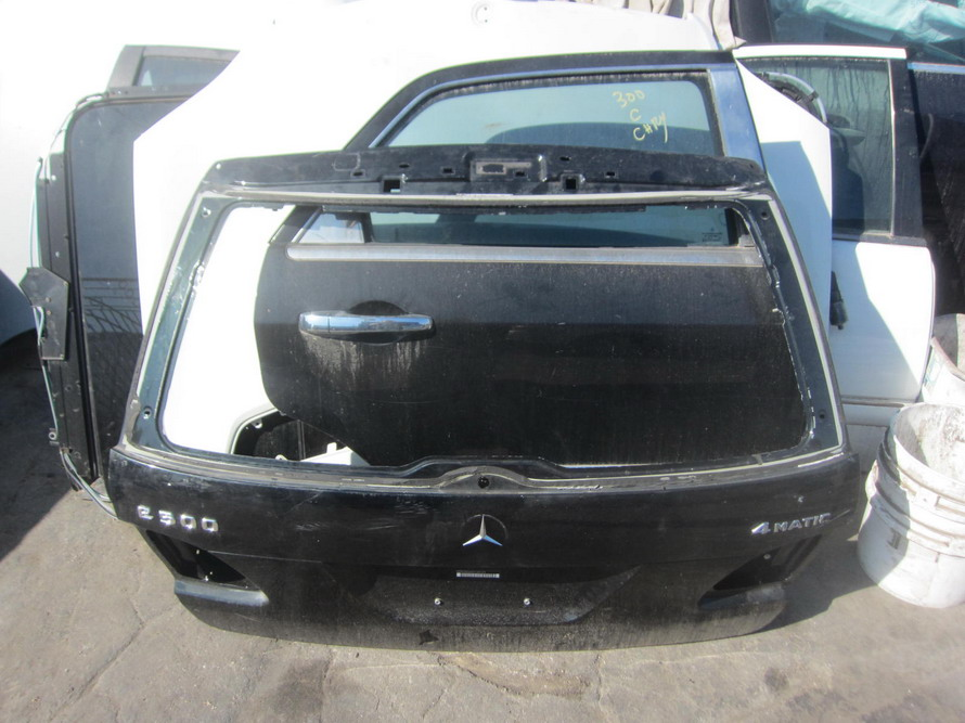 Mercedes benz hatch back used auto parts mercedes for Auto parts for mercedes benz