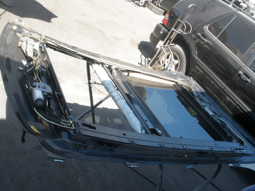 Mercedes benz panaromik sun roof sunroof frame with for Mercedes benz sunroof repair