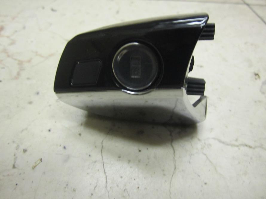 Mercedes benz door lock door latch 2217600177 used for Mercedes benz door lock problem