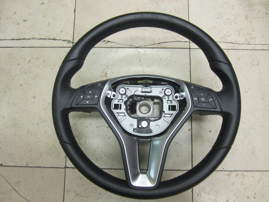 Mercedes benz steering wheel 212 used auto parts for Steering wheel lock mercedes benz