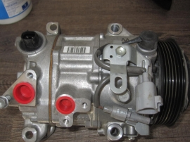Lexus IS200T- AC Compressor - A