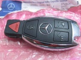 Mercedes Benz - KEY FOB 4 BUTTON KEYLESS ENTRY REMOTE ALARM CONTROL - 2049056202