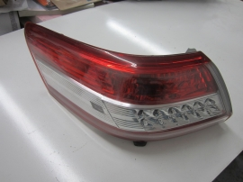 Toyota - TAILLIGHT TAIL LIGHT - LE