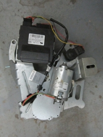 Mercedes Benz - TRUNK LID MOTOR - 2198200526