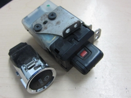 Toyota - IGNITION SWITCH  KEY START BUTTON- PR