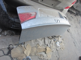 Lexus - Deck lid - CAMERA