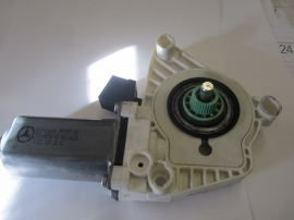 Mercedes Benz - Window Regulator Motor - 2218202842
