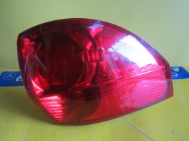 Toyota - TAILLIGHT TAIL LIGHT - AM 18616320