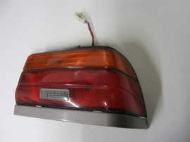 Toyota - TAILLIGHT TAIL LIGHT - 4DR