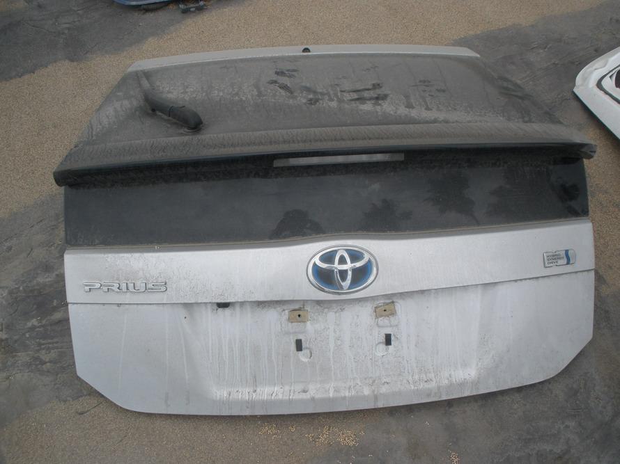 toyota hatch prius rear hatch  auto parts mercedes benz  parts bmw  parts