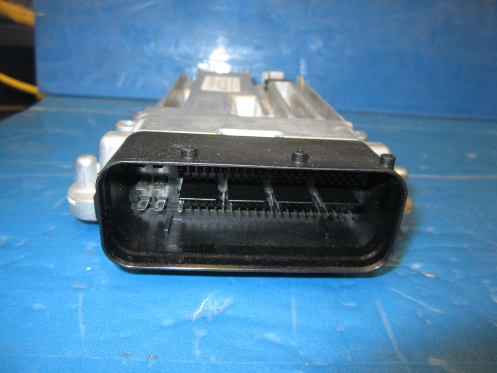 Mercedes benz ecu computer a6429009900 used auto for Mercedes benz used auto parts