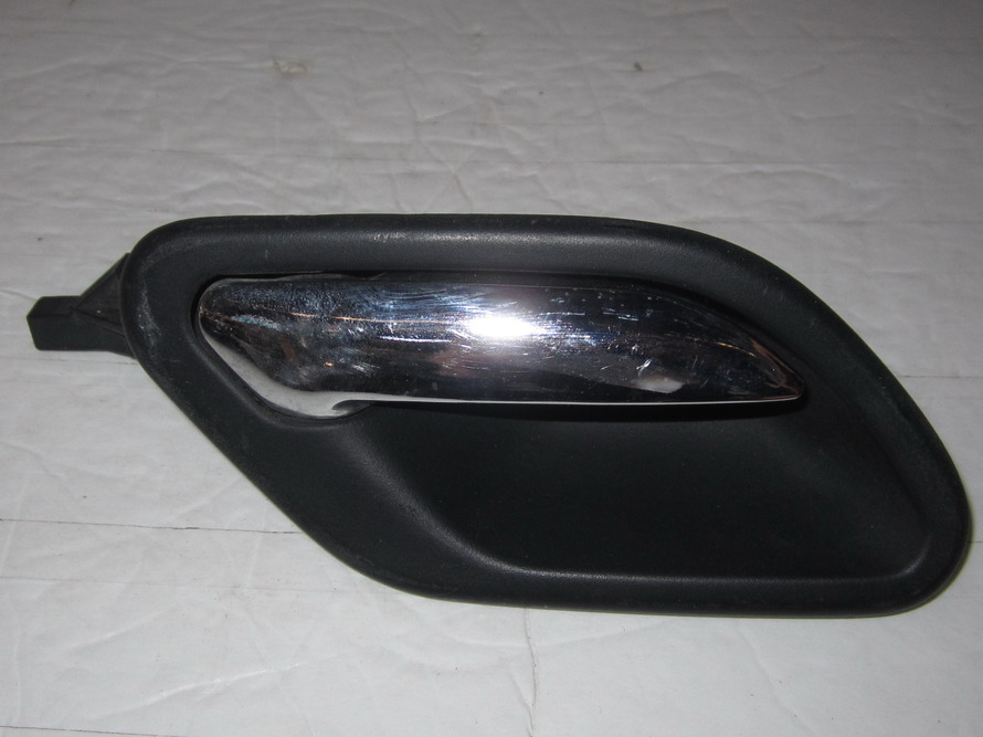 Bmw Door Handle Inside 8226050 Used Auto Parts Mercedes Benz Used Parts Bmw Used Parts