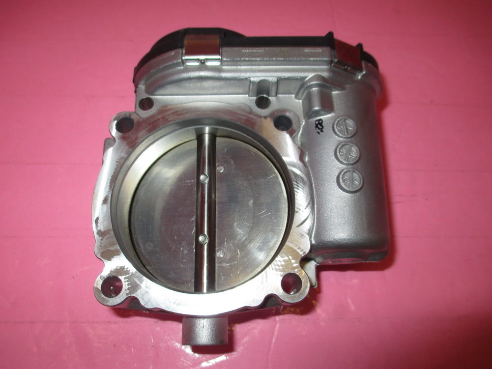 Mercedes benz throttle body 2761410125 used auto for Used mercedes benz auto parts