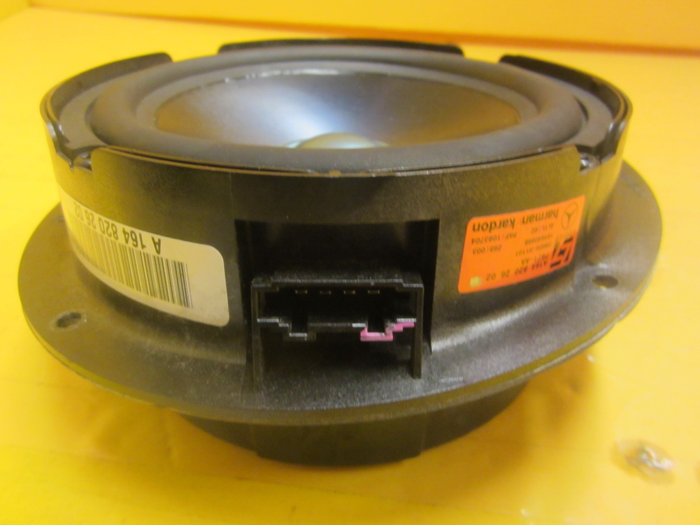 Mercedes benz speaker 164 820 2602 used auto parts for Mercedes benz parts used