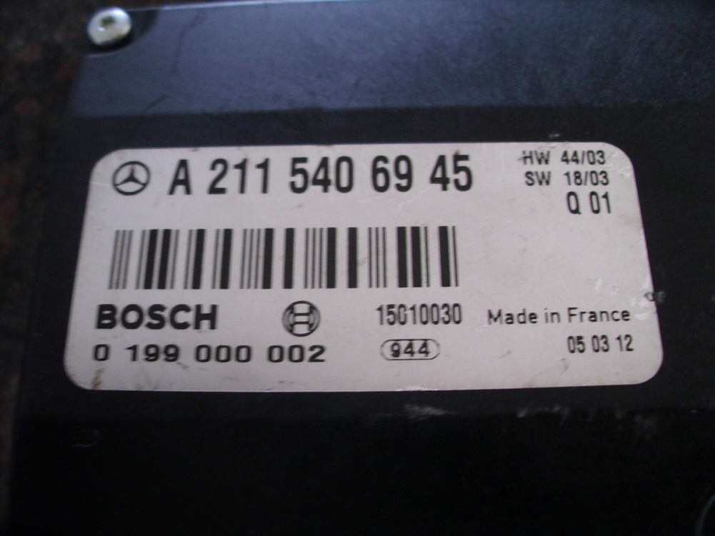 Mercedes benz battery control 2115406945 used auto for Mercedes benz car battery