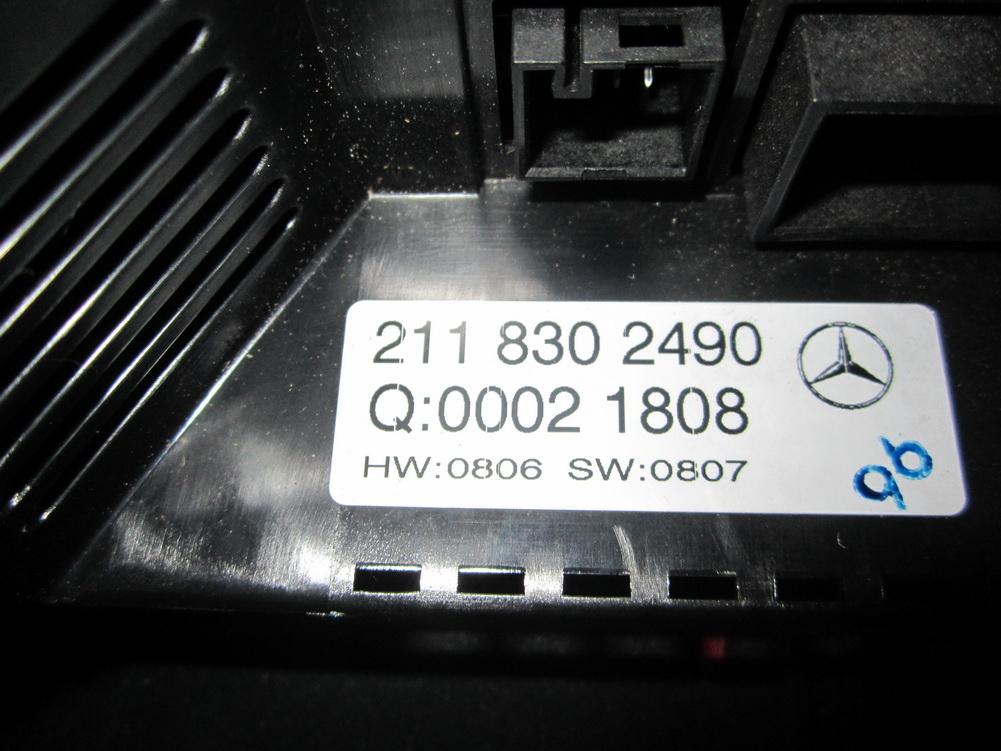 2118301954 MERCEDES BENZ E320 E430 AC CONTROL UNIT AIR VENT