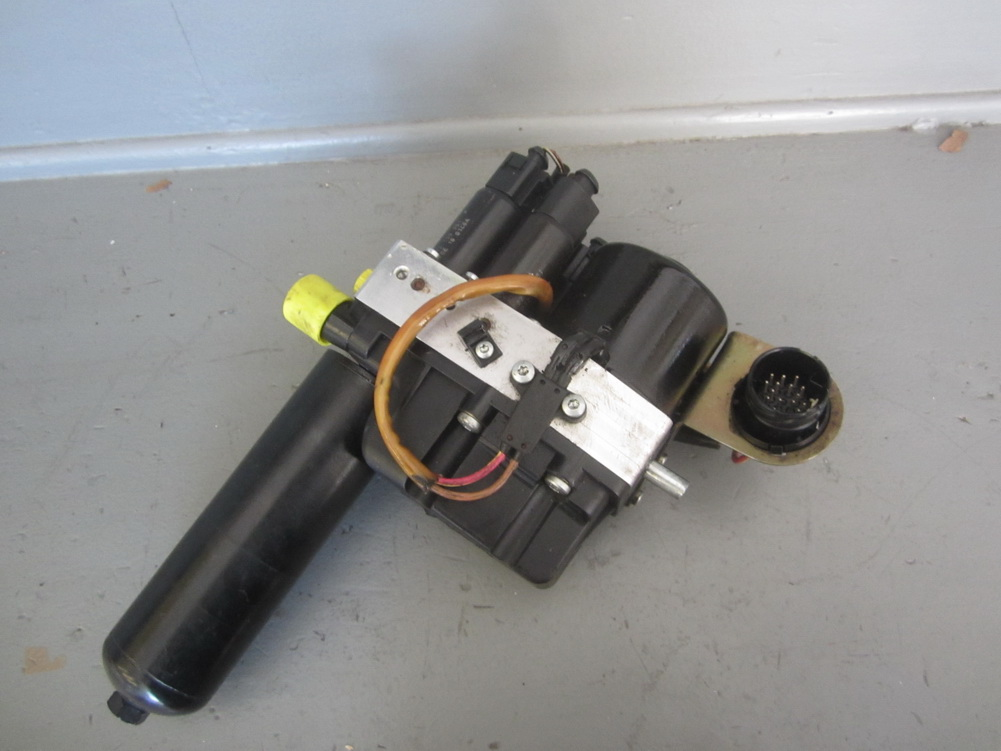 bmw m3 transmission smg hydraulic pump 21532229715 used auto parts mercedes benz used. Black Bedroom Furniture Sets. Home Design Ideas