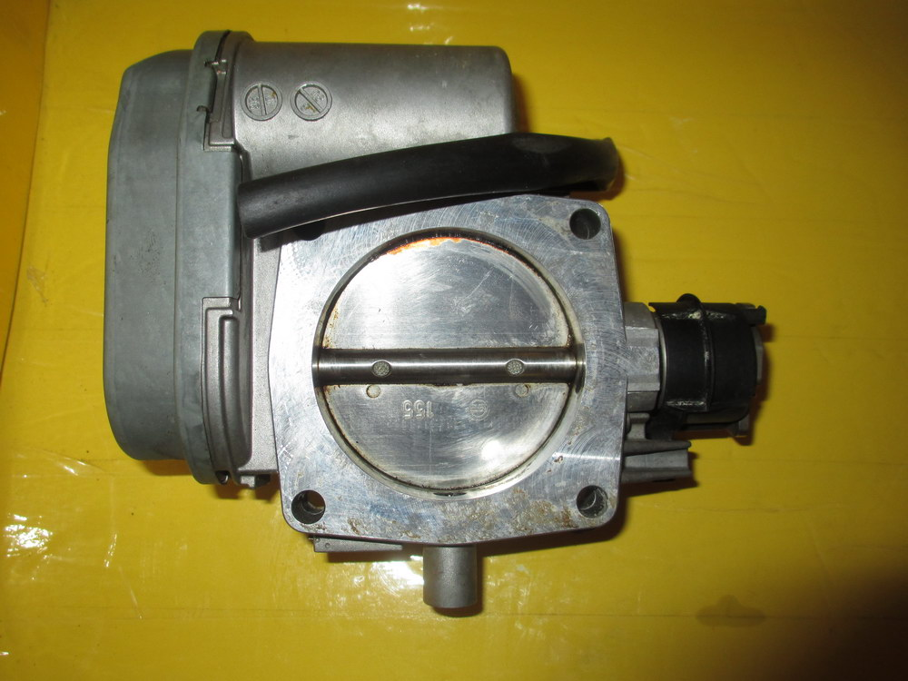 Mercedes benz throttle body 1121410025 used auto for Used mercedes benz parts