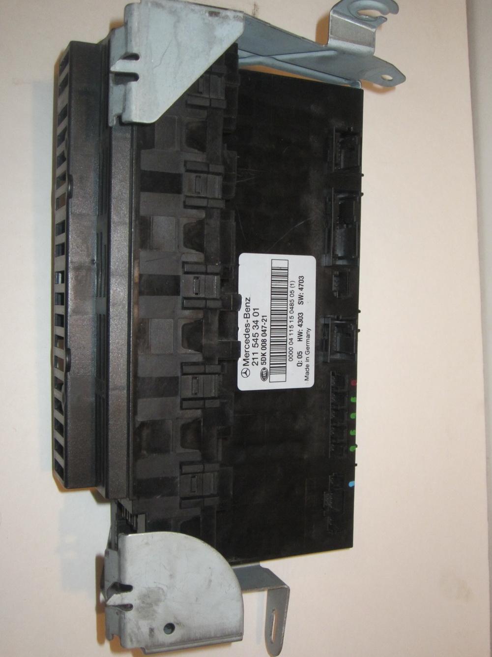 Mercedes Benz Sam Control Fuse Box 2115453401 Used Auto Parts German
