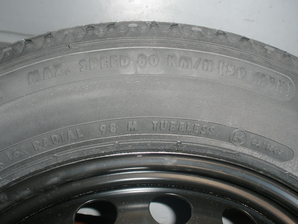 Mercedes benz spare tire t135 80r17 used auto parts for Tires for mercedes benz