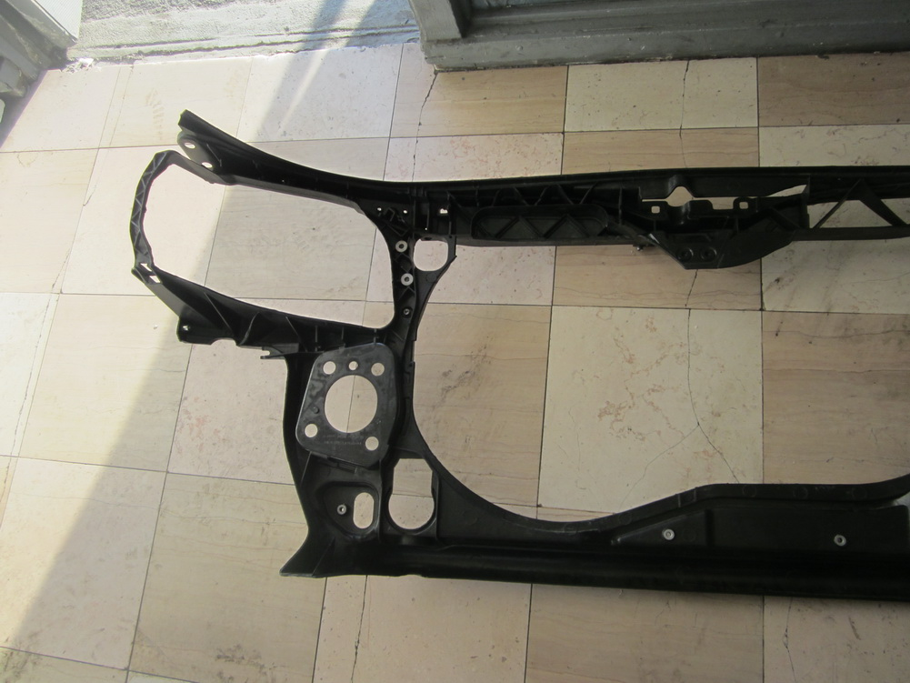 Audi radiator support top cover 8e0805594e used auto for Mercedes benz support