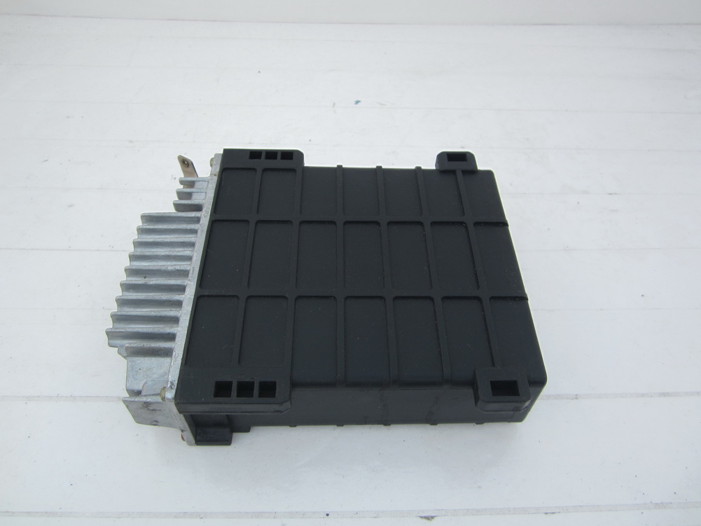 Mercedes benz 560sl ecu computer 0065456032 used auto for Used mercedes benz auto parts