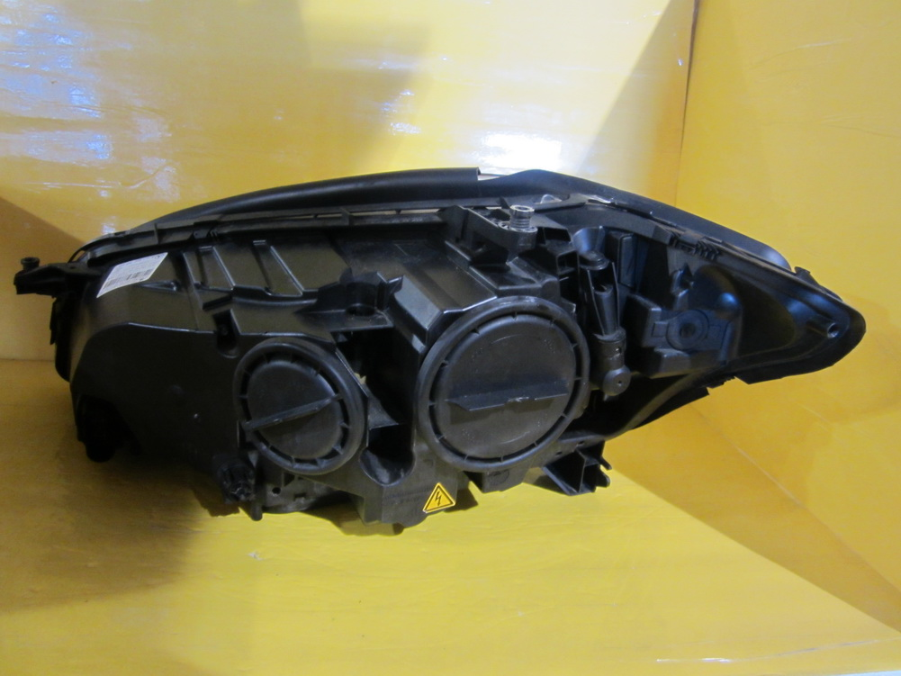 Mercedes benz headlight 2218205859 used auto parts for Mercedes benz salvage parts