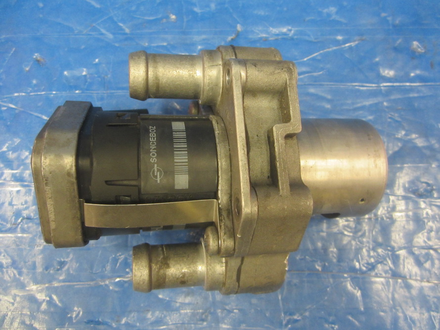 Mercedes benz egr valve 000 053 20c5 used auto parts for Mercedes benz egr valve