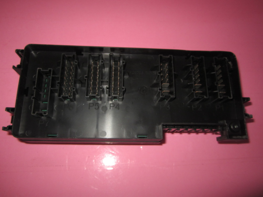 c22 18 175 9 17 2013 103 1 164 540 3373 mercedes benz ml350 ml550 r350 gl350 fuse box gl450 fuse box at creativeand.co