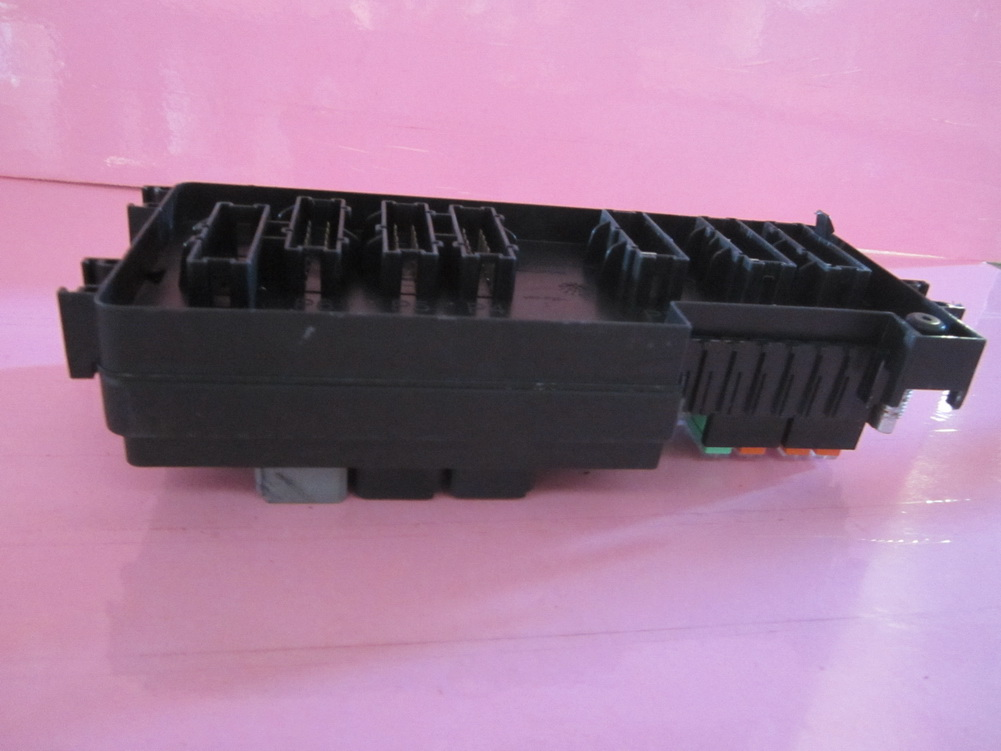 c22 18 175 9 17 2013 103 2 164 540 3373 mercedes benz ml350 ml550 r350 gl350 fuse box gl450 fuse box at creativeand.co