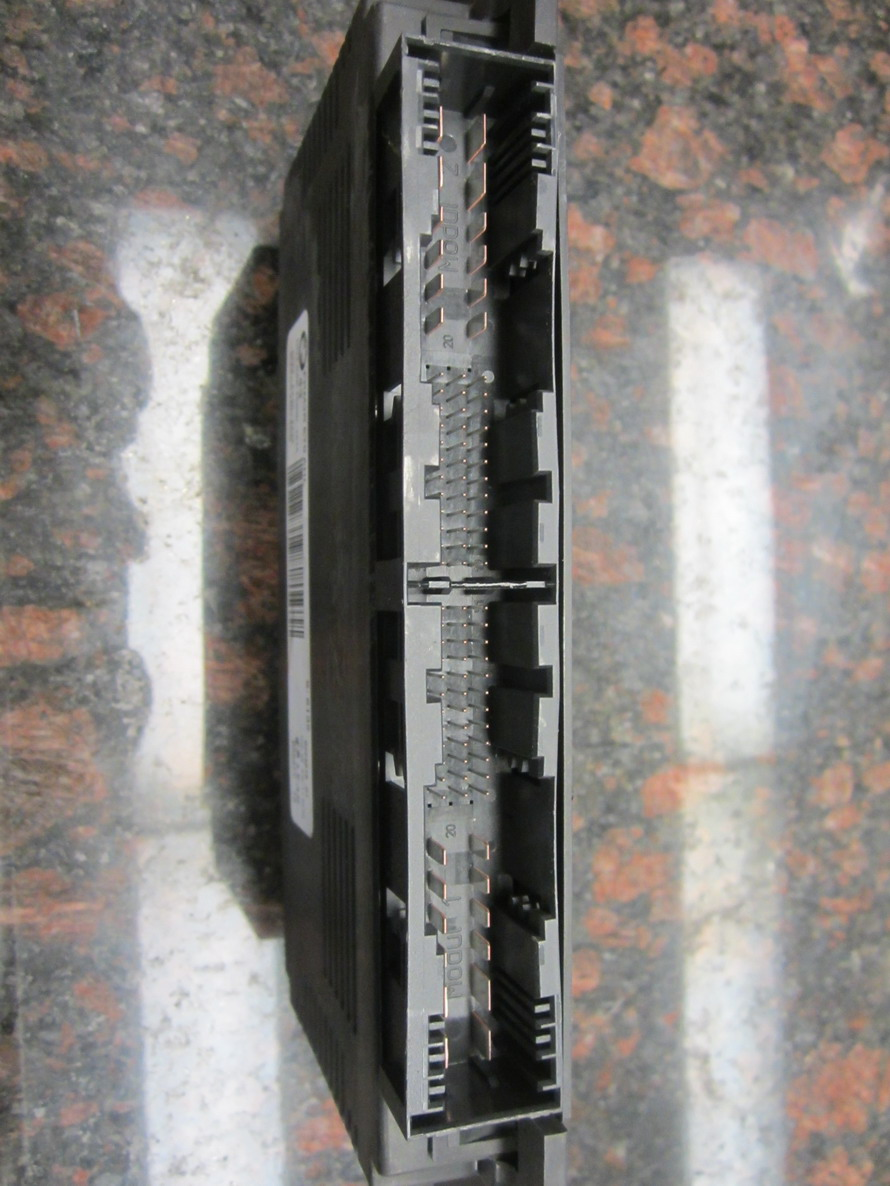 Bmw Footwell Module Control Unit 61359224618 Used Auto Parts Maserati Gransport Fuse Box New And