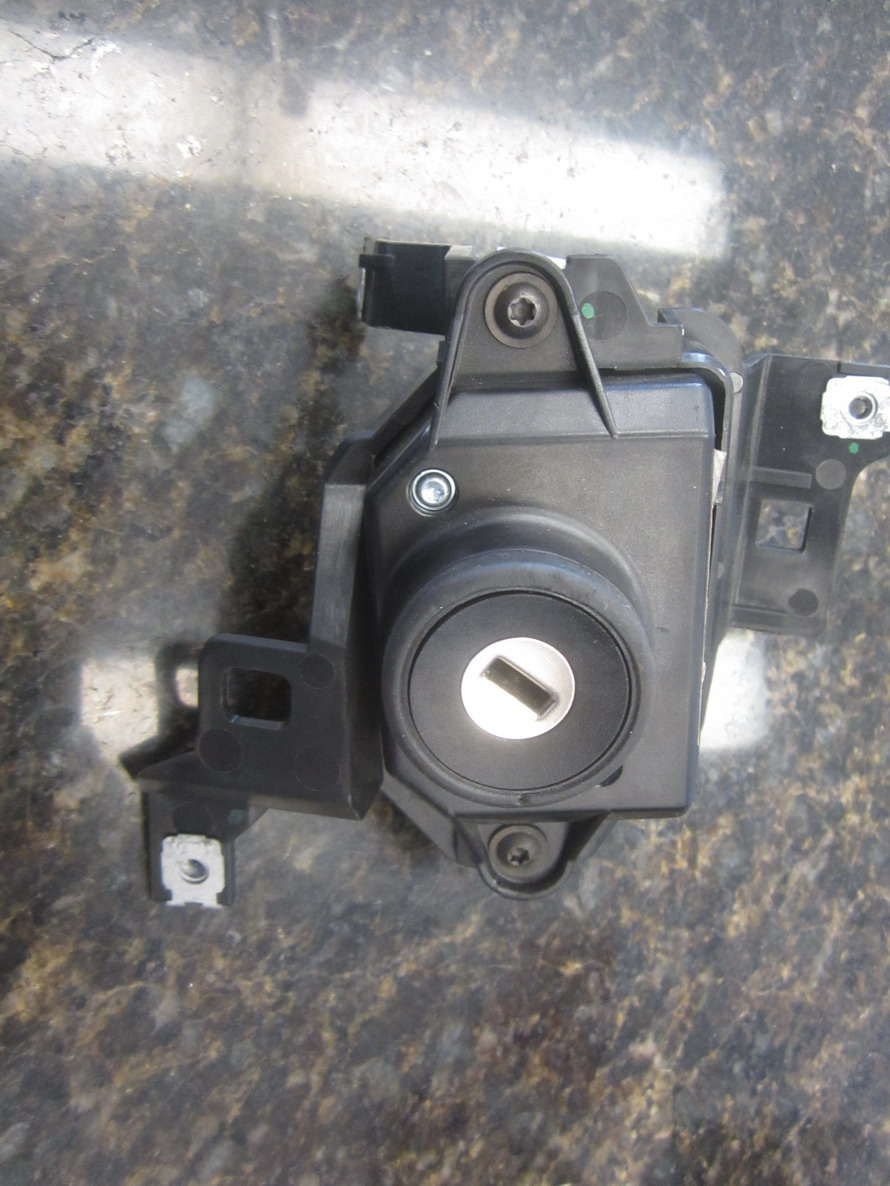 Audi Switch Conventional Ignition 4f0910132l Used Auto Mercedes Benz
