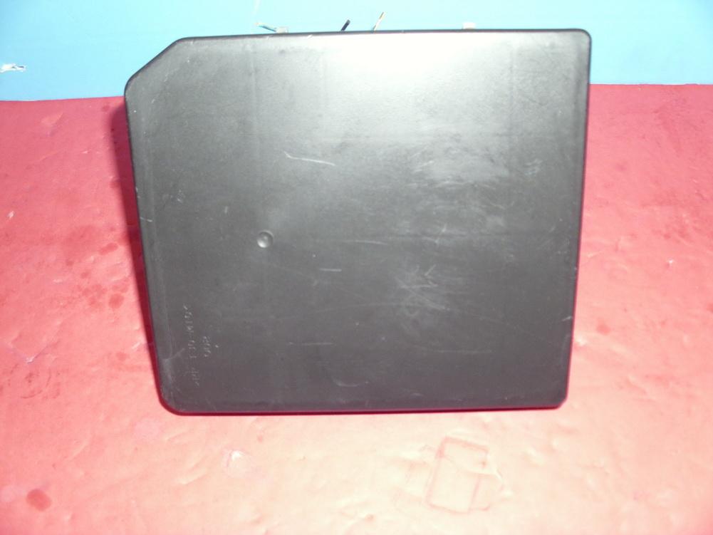 Nissan VERSA SENTRA ALTIMA Fuse Box PP T30 M10 Used