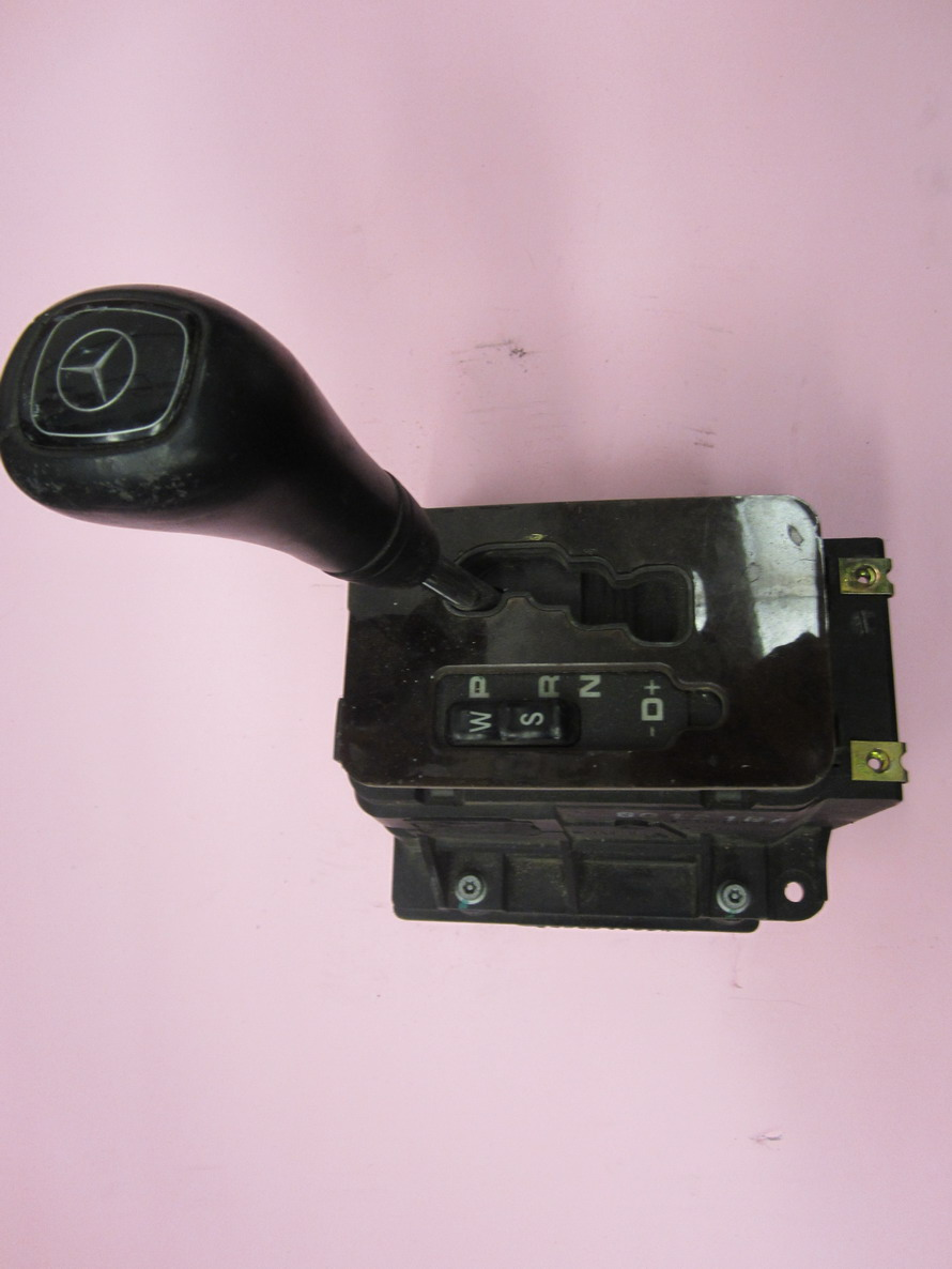 Mercedes benz shifter 210267075 used auto parts for Used parts for mercedes benz